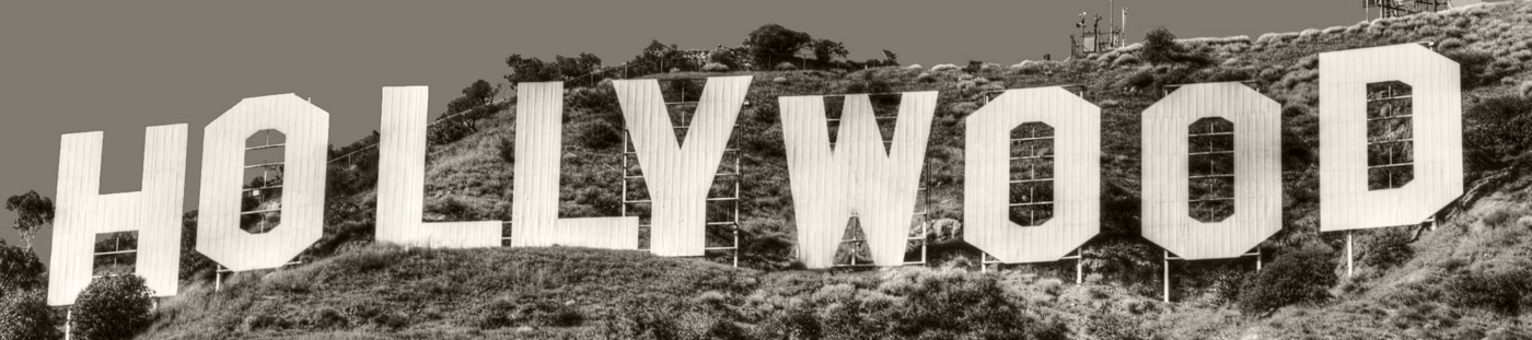 Black and white photo of the Hollywood sign.